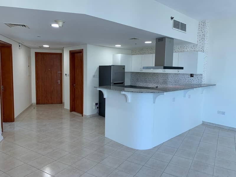 2BEDROOM FOR RENT IN IMPZ  CRECSENT TOWER