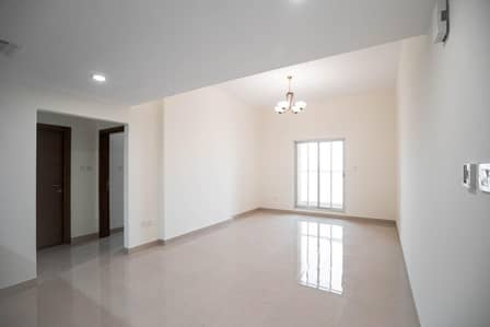 1 Bedroom Apartment for Rent in Dubai Residence Complex, Dubai - Spacious 1 Bedroom with Community View in 4Direction Residence 1