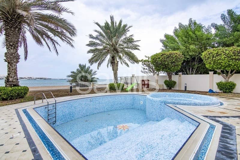 2 Luxury Four beds Villa in  Royal Marina