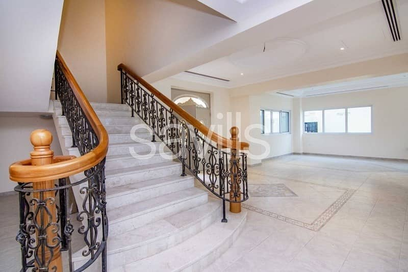 20 Luxury Four beds Villa in  Royal Marina