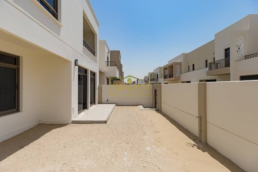 43 3 BED+MAID | POOL AND GARDEN VIEW| BRAND NEW