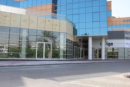 معرض تجاري  للايجار في شارع الشيخ زايد، دبي - Showroom Available | Direct Access to Sheikh Zayed Road