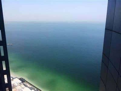 شقة في برج الكورنيش كورنيش عجمان 3 غرف 75000 درهم - 4483378