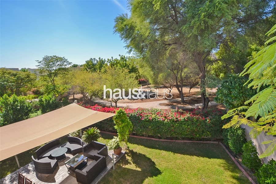 Upgraded | Fantastic location | Superb throughout