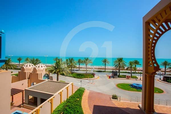 2 No agency fees ! 1 Month free ! 2 bedroom apartment for rent with sea view