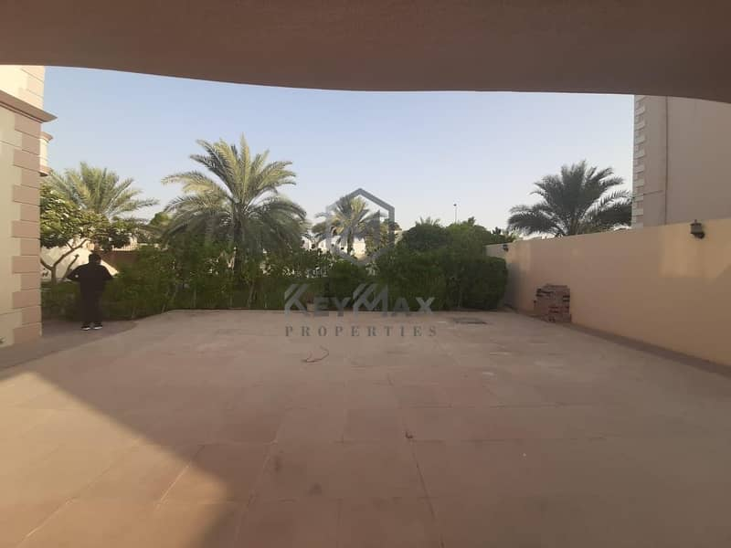 9 Astounding G+1 Large Villa with Private Pool and Ready Garden