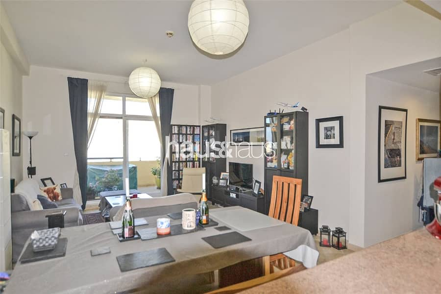 Spacious | Parking for two | Appliances included