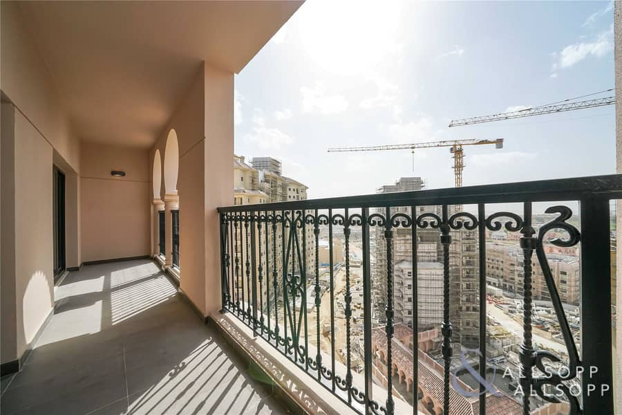 2 One Bedroom | Full Golf and Plaza Views