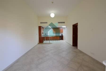 فلیٹ 1 غرفة نوم للايجار في موتور سيتي، دبي - Ground Floor 1BR Apt For Rent In Widcombe House Motor City.