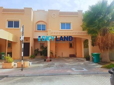 فیلا 4 غرف نوم للبيع في الريف، أبوظبي - Perfect Investment ! 4Beds + Study w/ Private Garden