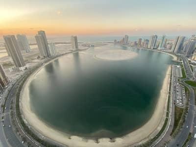 3 Bedroom Flat for Rent in Al Khan, Sharjah - 3 Bedroom hall big 4 Bathroom