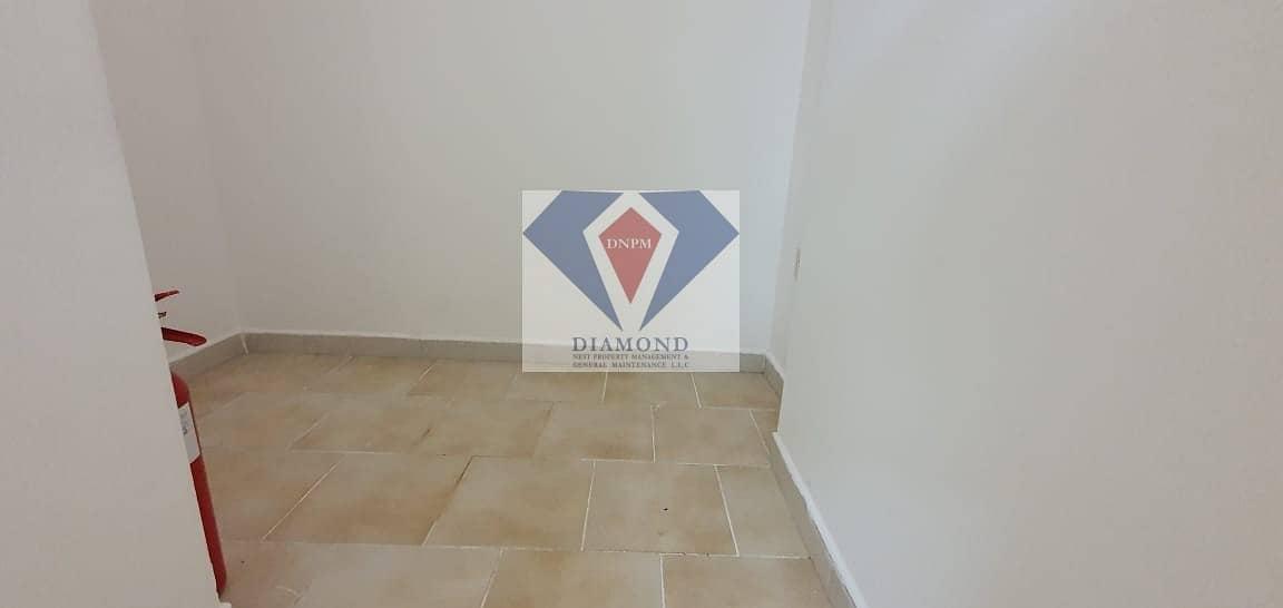 2 Spacious 3+Maid Available near WTC Corniche