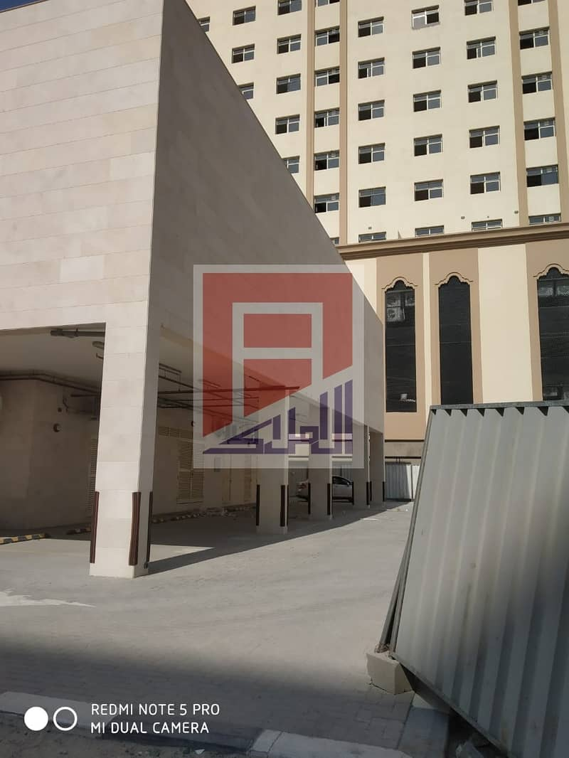 Large & Spacious Showroom available in Al Buteena