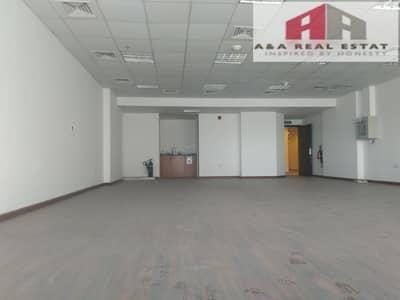مکتب  للايجار في أبراج بحيرات الجميرا، دبي - Fitted Office on higher floor for rent in JLT