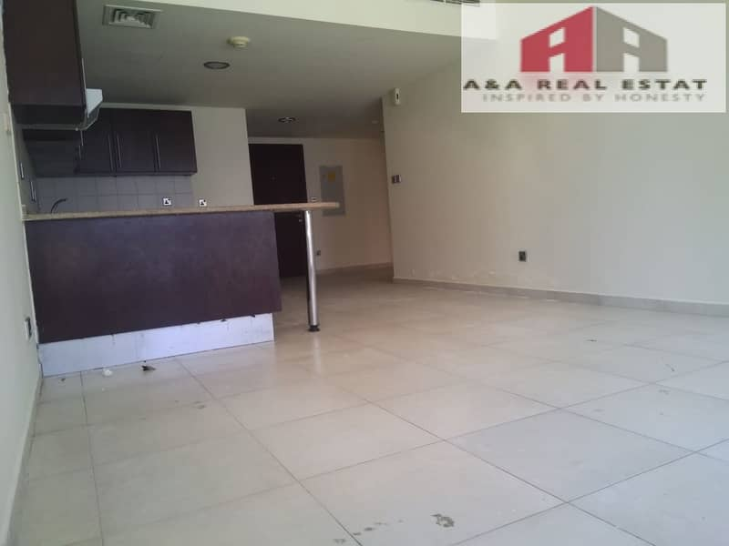 2 Lake view spacious 1-BHK for sale in Dubai Arch Tower