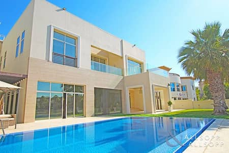 6 Bedroom Villa for Sale in Emirates Hills, Dubai - Lake View | 6 Bedroom | 12