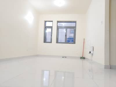 1 Bedroom Apartment for Rent in Al Wahdah, Abu Dhabi - Spacious 1 BHK+Tawtheeq in Delma st. in Building , Rent 40K-2 Chqs