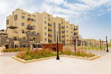 1 Bedroom Flat for Sale in Remraam, Dubai - SPACIOUS 1 BEDROOM WITH CLOSED KITCHEN  IN AL THAMMAM REMRAAM