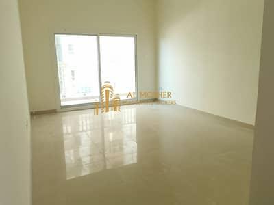 استوديو  للايجار في مدينة دبي للإنتاج، دبي - Huge Studio for rent with Parking