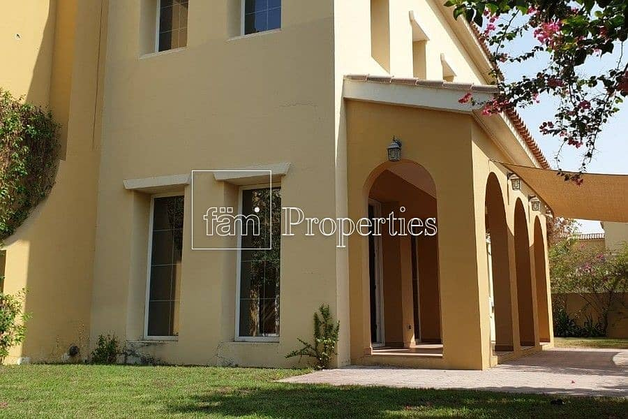 2 Type A   Large Living Area   4Bed+M   Vacant