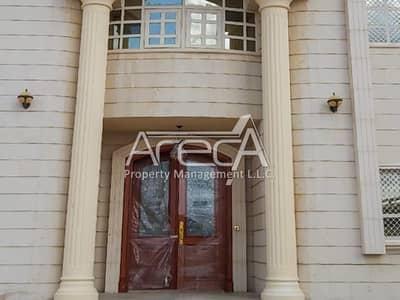 فیلا 6 غرف نوم للايجار في مدينة خليفة أ، أبوظبي - Huge Corner side 6 Bed Villa on Amazing Location