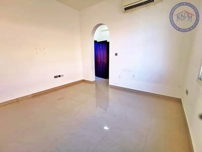 Direct from owner! Good space!