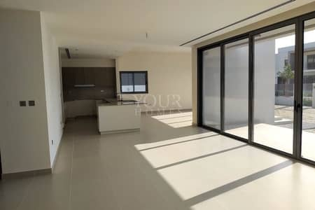 5Bed villa on lowest price in market @ 230K