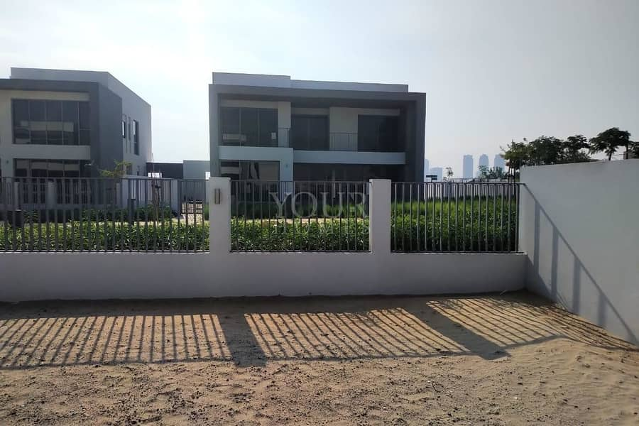 13 5Bed villa on lowest price in market @ 230K