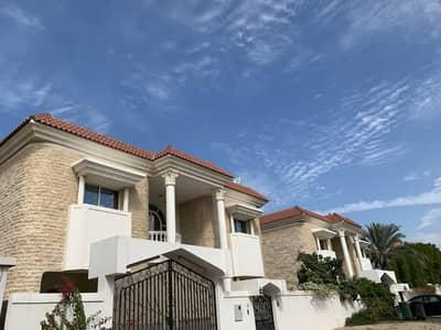 فیلا 5 غرف نوم للايجار في أم سقیم، دبي - فیلا في ام سقیم 2 أم سقیم 5 غرف 175000 درهم - 4486828