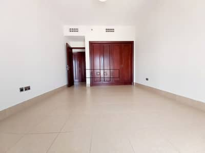 1 Bedroom Flat for Rent in Old Town, Dubai - Beautiful 1 Bedroom / High Floor / Huge Terrace