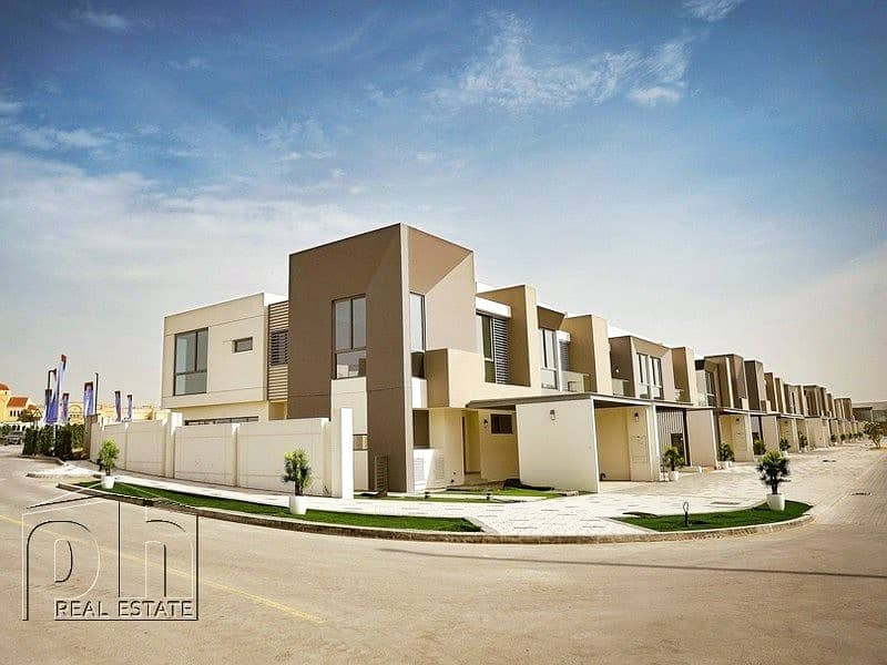 2 Vastu compliant 3 bed single row town home