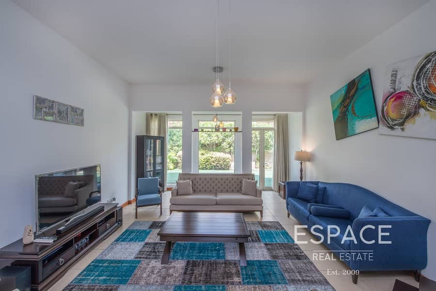 2 Immaculate Villa - Extended - Exclusive
