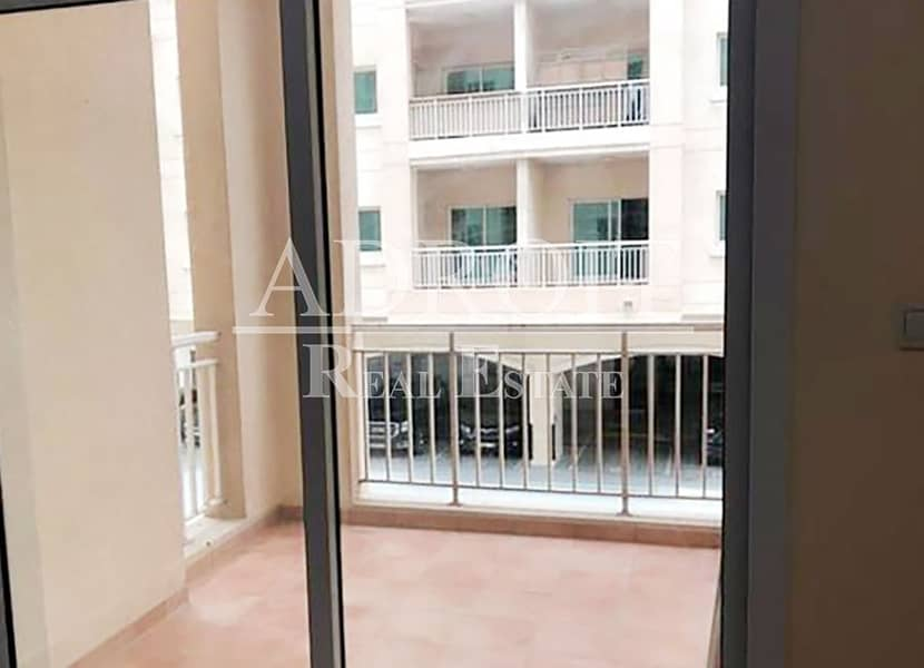 2 Huge Spacious| Stunning Layout  |  2BR Apt in Queue Point
