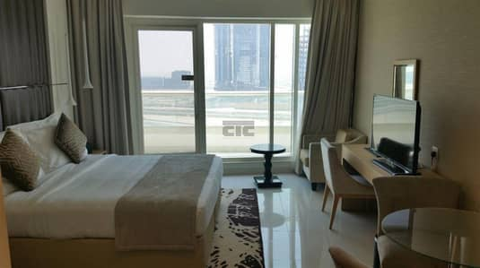 فلیٹ 1 غرفة نوم للايجار في الخليج التجاري، دبي - Flooded With Natural Light 1 Bed Canal View 17th floor