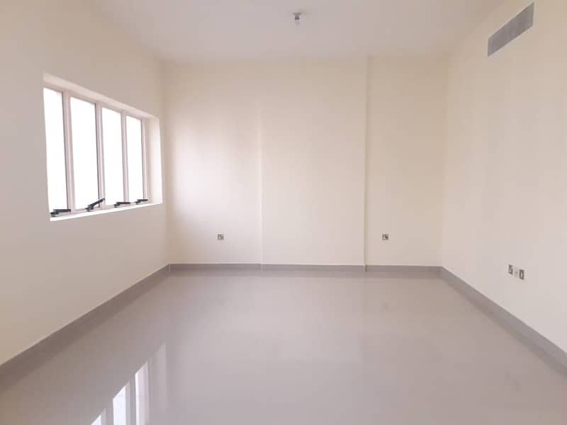 Hot Offer: Fully Renovated 3 Bedrooms+3 Bathrooms+Balcony 65k