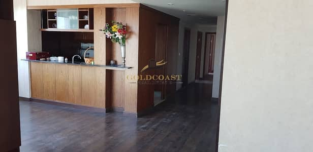 Hot deal 3 bhk unit with great view of fountain and downtown for sale