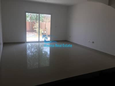 فیلا 3 غرف نوم للبيع في الريف، أبوظبي - SALE 3BR Single Row Villa VACANT 1.25m!!
