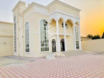 New 6BHK Villa| Maid Room| Store| Corner location