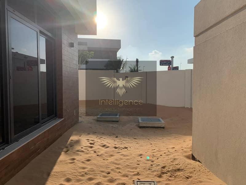 12 Corner Villa in a Prestigious New Community