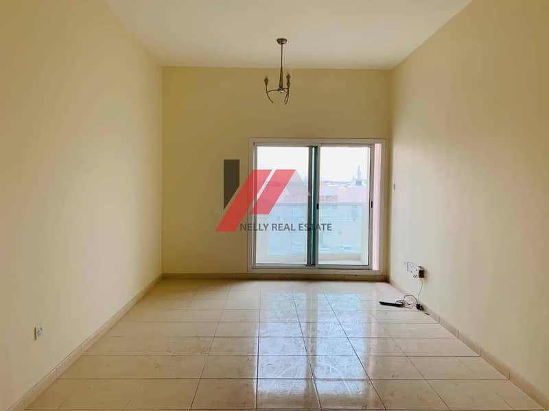Close to UIPS & GULF School-2 Bhk with Balcony-Wardrobes 43k
