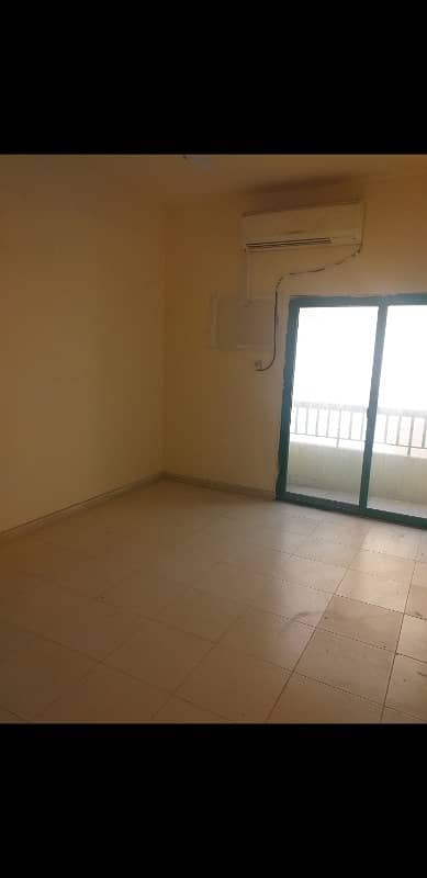 2 Bedroom Apartment for Rent in Al Yarmook, Sharjah - 2BHK FLATE WITH CENTRAL GAS AND BALCONY IN A FAMILY BUILDING IN AL YARMOOK AREA.