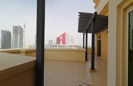 3 Bedroom Flat for Rent in Dubai Sports City, Dubai - Huge Size 3+Maid With Huge Terrace / canal view