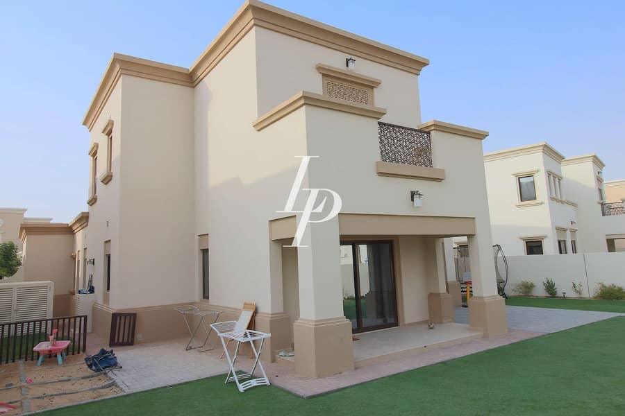 16 Modern Arabesque Villa  Large Plot Prime Location