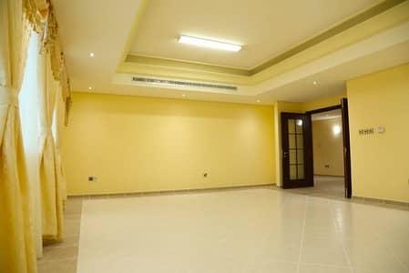 شقة 4 غرف نوم للايجار في شارع إلكترا، أبوظبي - شقة في شارع إلكترا 4 غرف 180000 درهم - 4489712