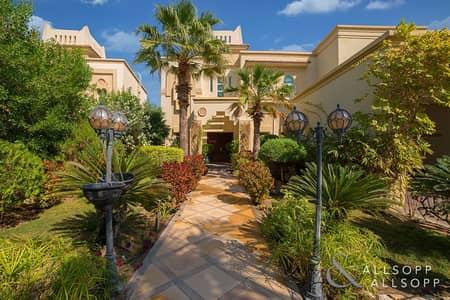 4 Bedroom Villa for Sale in Jumeirah Islands, Dubai - Garden Hall   4 Bedrooms   Private Pool