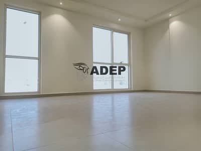 فلیٹ 1 غرفة نوم للايجار في شارع المطار، أبوظبي - شقة في شارع المطار 1 غرف 60000 درهم - 4490911