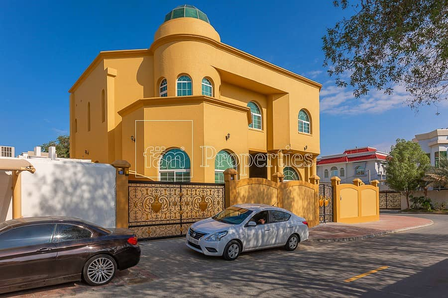 6BR Corner Villa   Near beach   Umm Suqueim 2