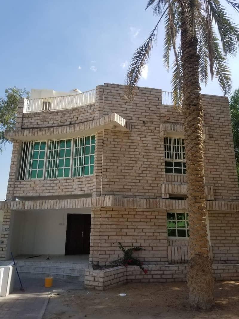 villa in al shaba 4 bedroom with large area , nice location easy access any way