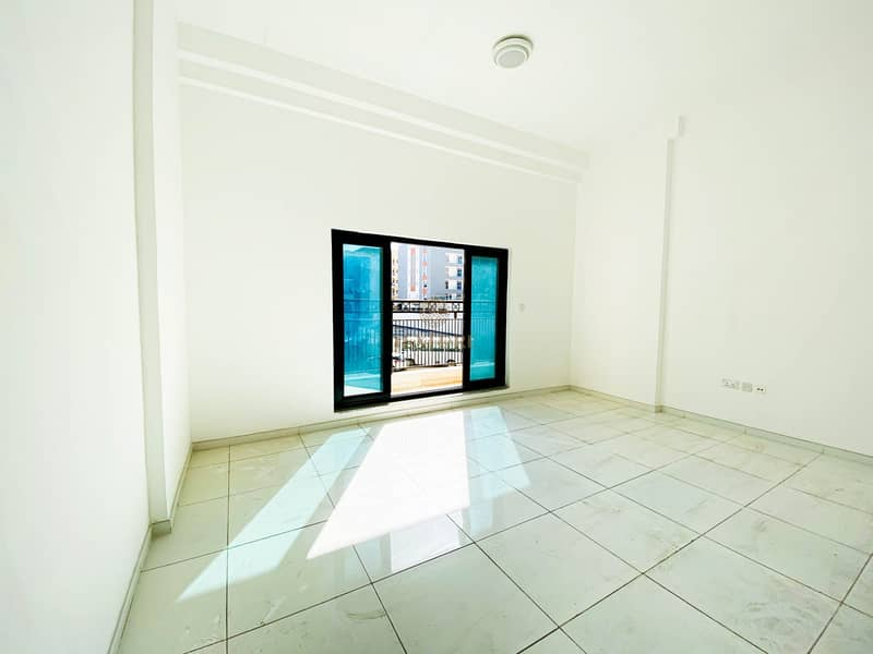 2 Spacious Studio | Brand New | Ready to Move in
