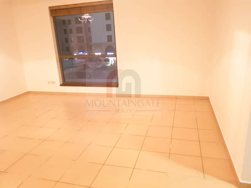 2 Luxury 2BHK +Maid with Two Parking in JBR with balcony